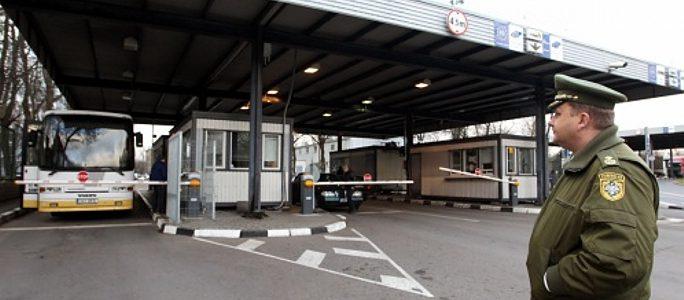 Полиция просит путешественников запастись временем