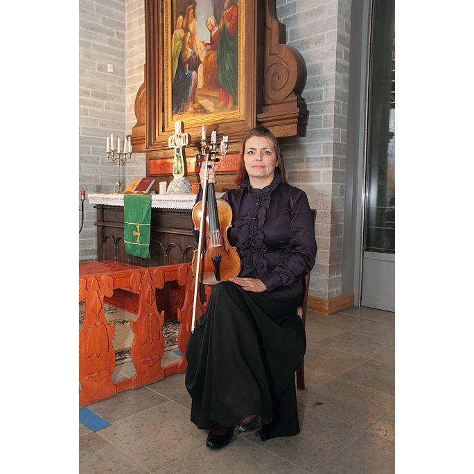 Елена Лаас, ведущая скрипка Нарвского симфонического