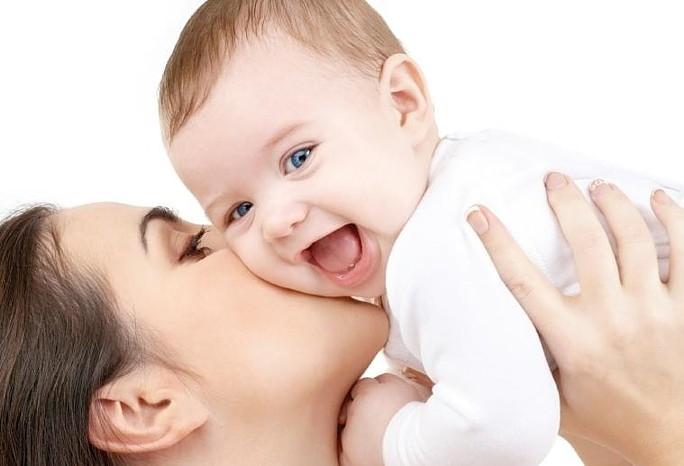 """""""Мама-терапия"""" может помочь больному малышу"""