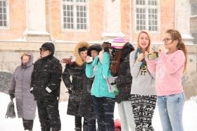 Нарвитяне собрали сердце на Ратушной площади