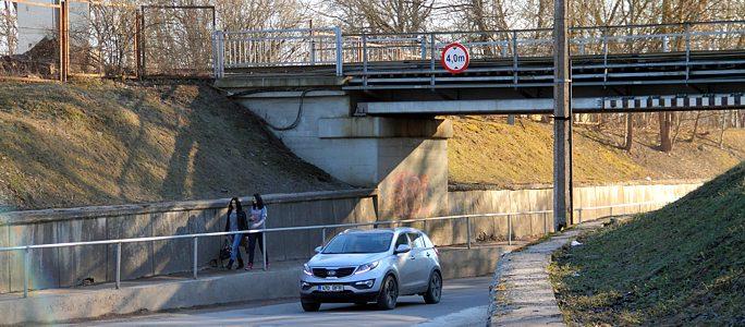 Власти Нарвы распределяют деньги на ремонт дорог