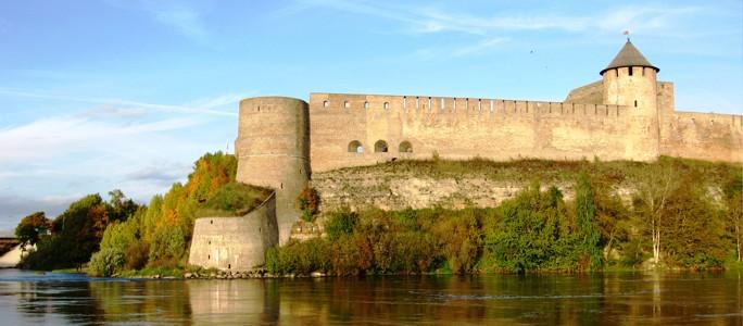 Ивангородцы хотят подсветить крепость за счeт ЕС