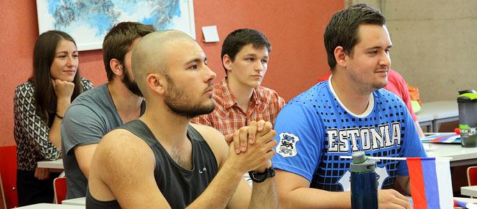 Американцы учат в Нарве русский