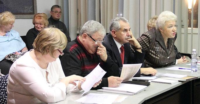 Депутаты собираются отправить мэра Нарвы в отставку