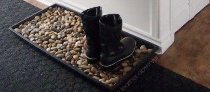 Поддон для обуви с речной галькой