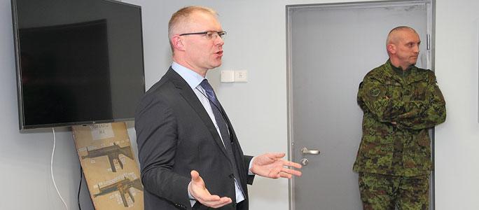Политинформация от министра обороны: Ханнес Хансо встретился в Нарве с членами Кайтселийта