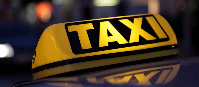 Нарвских таксистов будут учить эстонскому языку