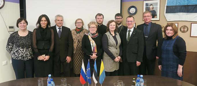 Нарву с визитом посетила делегация Санкт-Петербурга