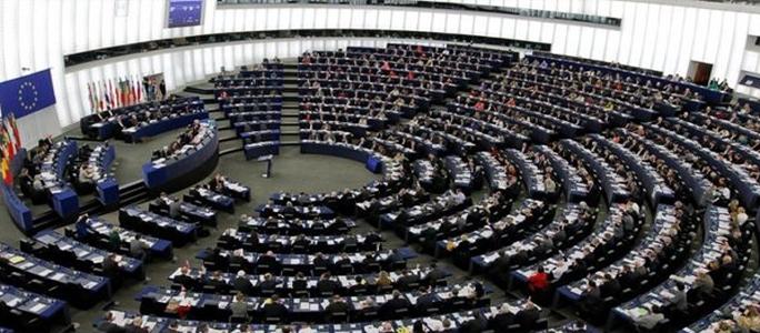 Европарламент одобрил безвизовый режим с Украиной