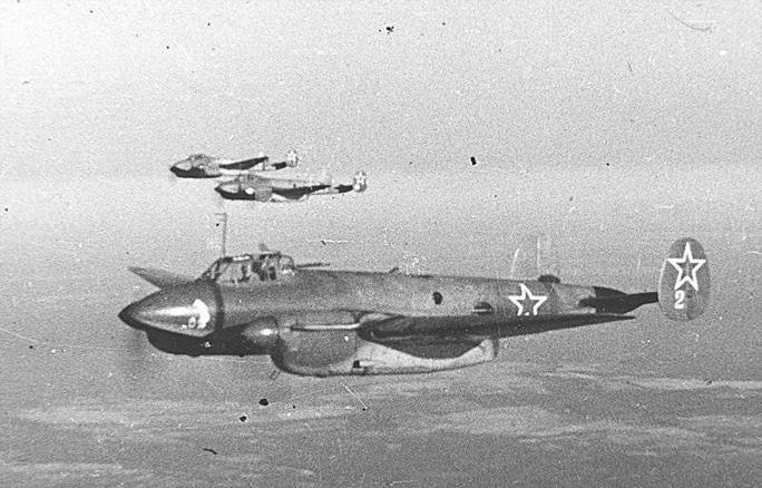 Останки советских лётчиков будут торжественно переданы России