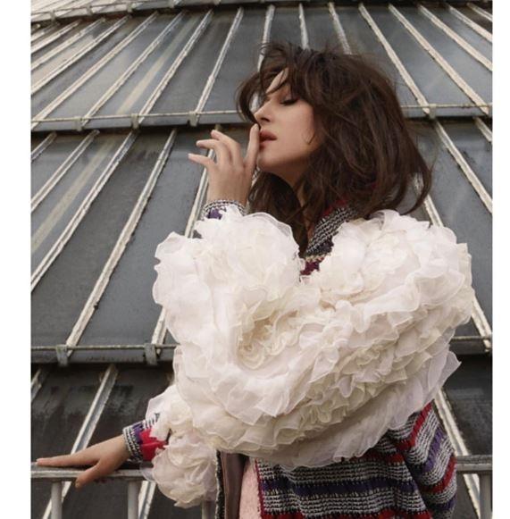 Моника Беллуччи в нарядах украинских дизайнеров позировала на крыше ТЦ