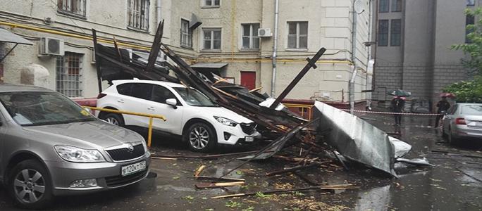 Ураган в Москве: 11 человек погибли, более 150 пострадали