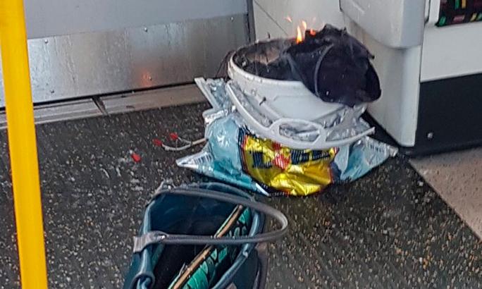 ДОПОЛНЕНО. В метро Лондона прогремел взрыв