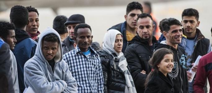 Еврокомиссия: примем еще 50000 беженцев и усилим режим реадмиссии