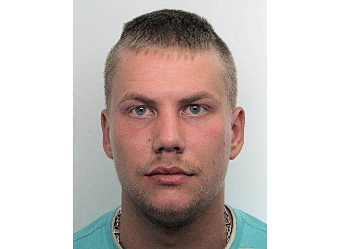 Полиция просит помощи в поисках пропавшего в Нарве 27-летнего мужчины