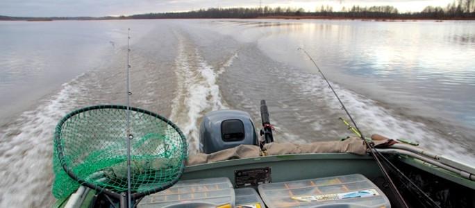 На Нарвском водохранилище нашли утонувшего 63-летнего рыбака