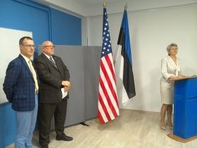 +Галерея. Посол США расширил американское присутствие