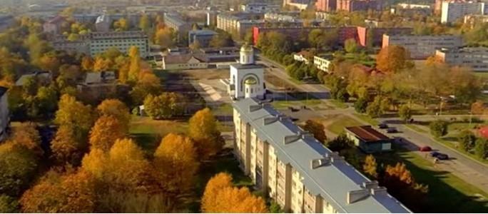 """Стихи, присланные на конкурс """"Нарва — осени столица"""""""