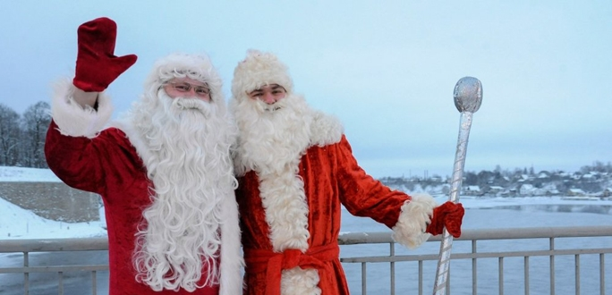 "Дед Мороз и Санта-Клаус вновь встретятся на мосту ""Дружба"""