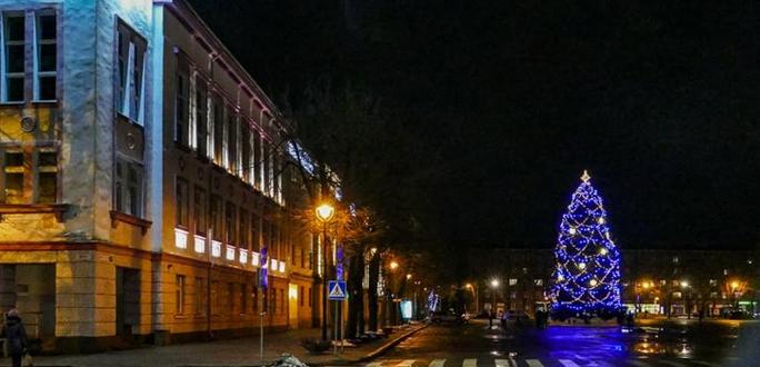 Приглашаем вместе встретить  2018 год на Петровской площади 31 декабря
