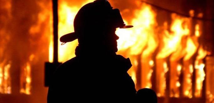 Спасатели спасли женщину из горевшей комнаты в многоквартирном доме в Силламяэ