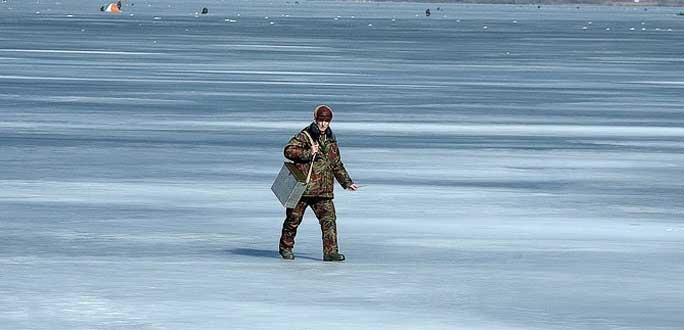 Погранохрана задержала на Теплом озере нарушившего границу латвийского рыбака