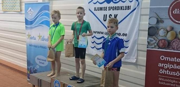 Маленькие пловцы улучшают результаты