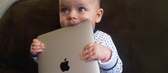 Ребенок получил IPHONE или IPAD – что делать родителю?