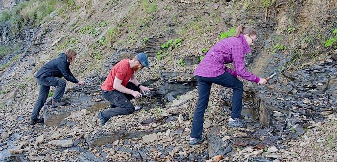 Институт геологии ТТУ приглашает молодежь заглянуть в земные недра
