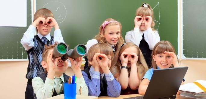 Министерство приглашает учеников, учителей и родителей рассказать о своих школьных радостях и заботах