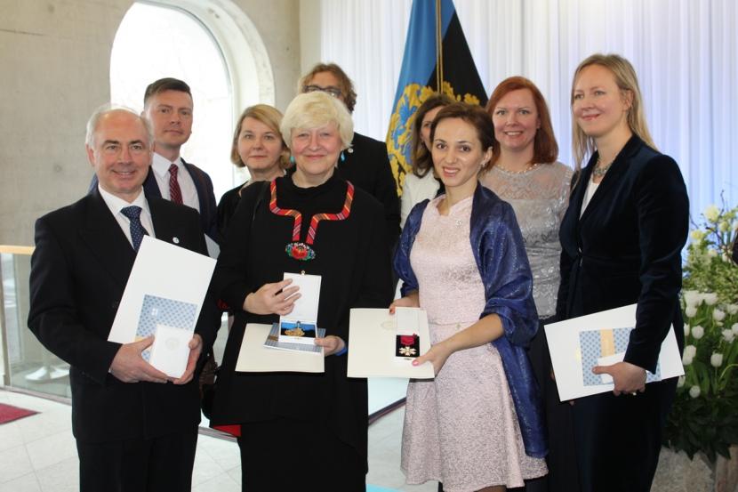 +Галерея. Вручение государственных наград в Нарве
