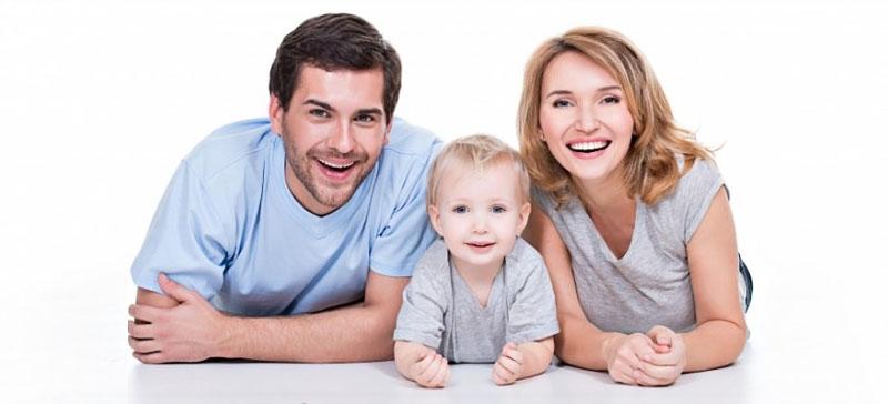 Получать и зарплату, и родительское пособие
