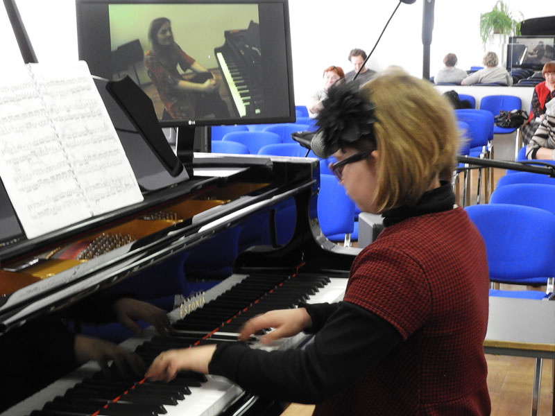 Виртуальные мастер-классы в Нарвской музыкальной школе