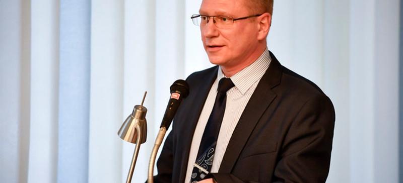 Александр Ефимов: у Языковой инспекции нет права проверять горсобрание