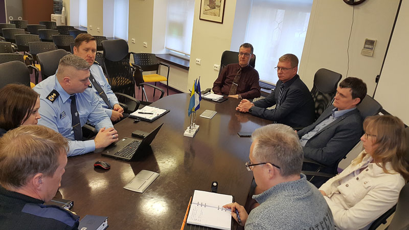 Состоялась встреча руководства города и представителей Нарвского отделения полиции