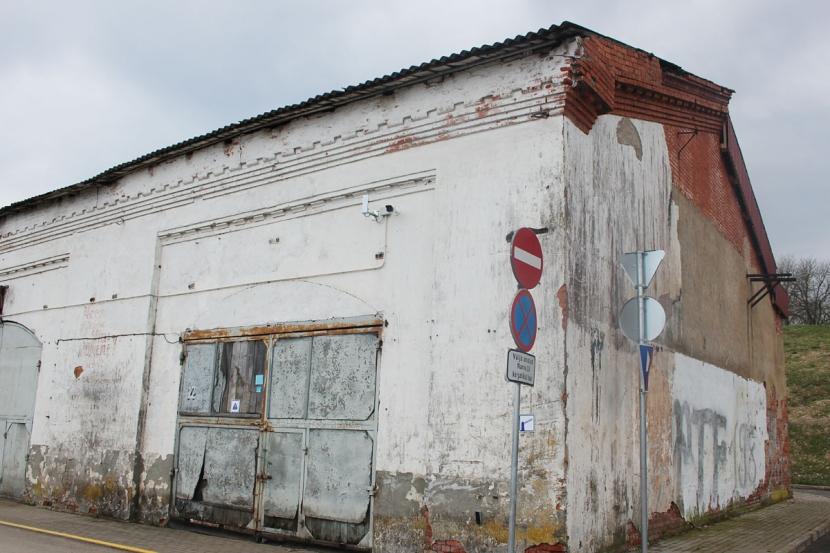 +Галерея. Исторический бокс Нарвского порта: требуется полмиллиона евро