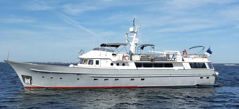 Гости фестиваля Baltic Sun смогут прокатиться на принадлежавшей французской рок-легенде Джонни Холлидею яхте класса люкс
