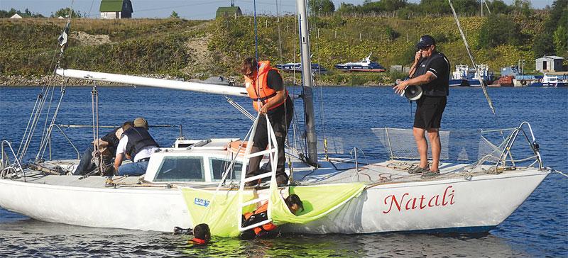 В Нарвском порту учили правилам спасения на воде