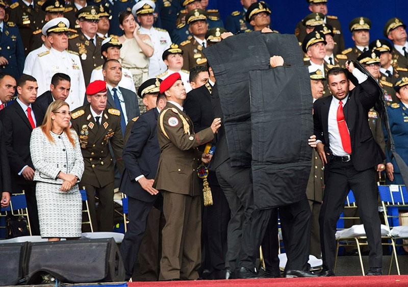 Оппозиция: власти Венесуэлы могут воспользоваться неудачным покушением на Мадуро для закручивания гаек