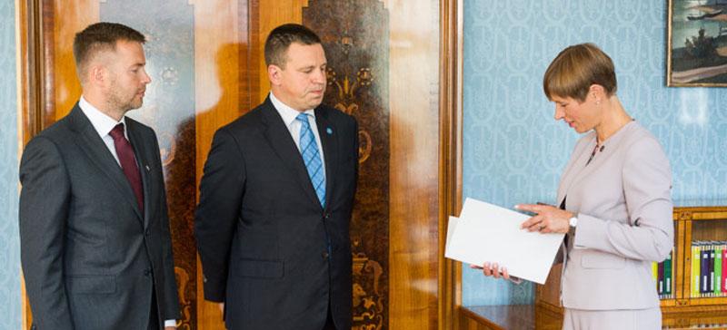 Кальюлайд утвердила перестановку в правительстве: Таммист назначен новым министром