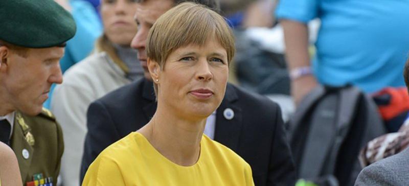 Президент Керсти Кальюлайд отправилась на работу в Нарву