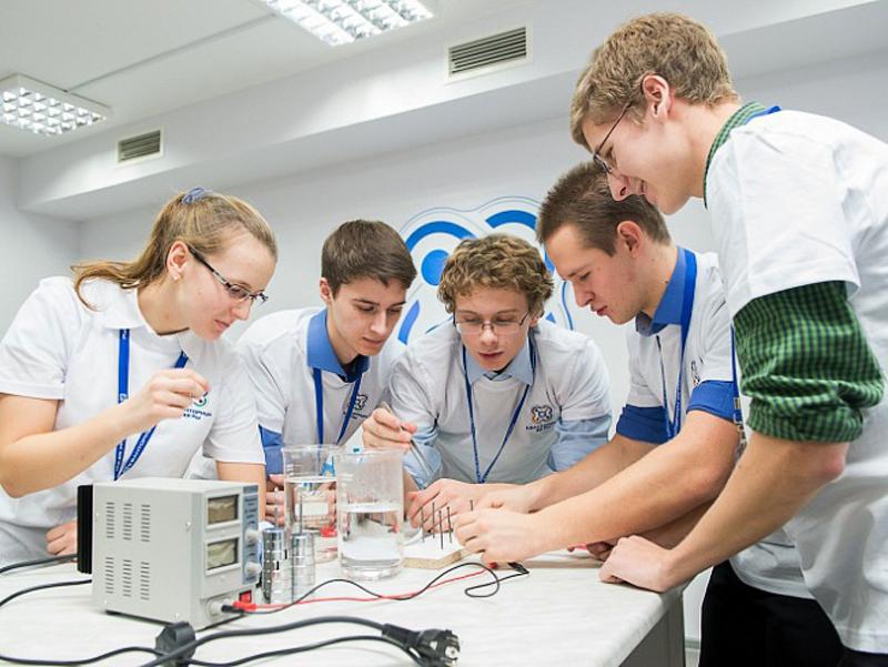 Школы получат 3,4 млн евро на ускорение инновационного развития