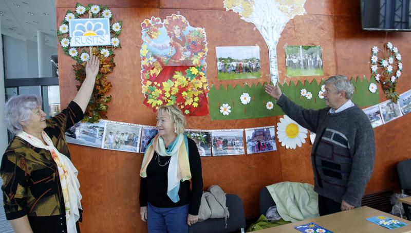 +Галерея. Многонациональная культура против ксенофобии