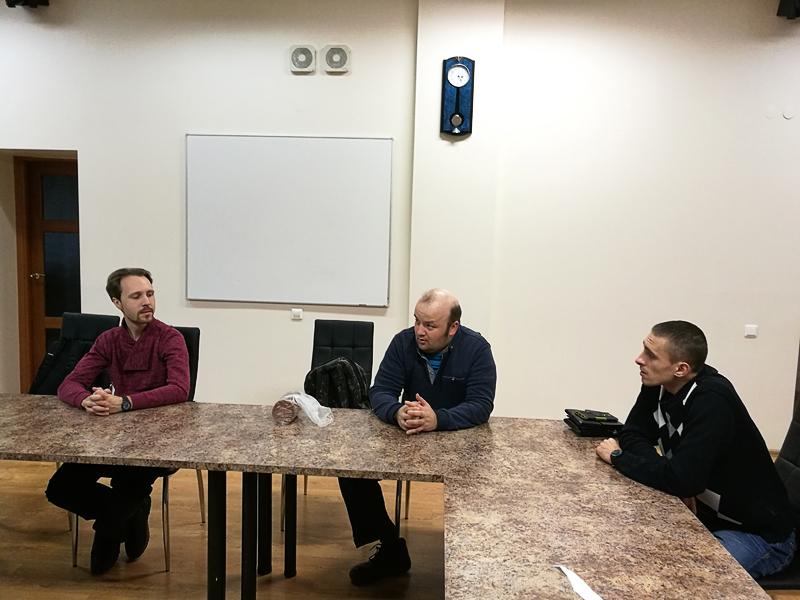 «Поддерживающими» членами левых в  Эстонии могут быть серопаспортники и граждане РФ