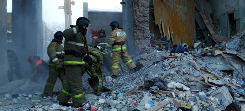 В Магнитогорске извлечено из-под завалов тело 38-го погибшего