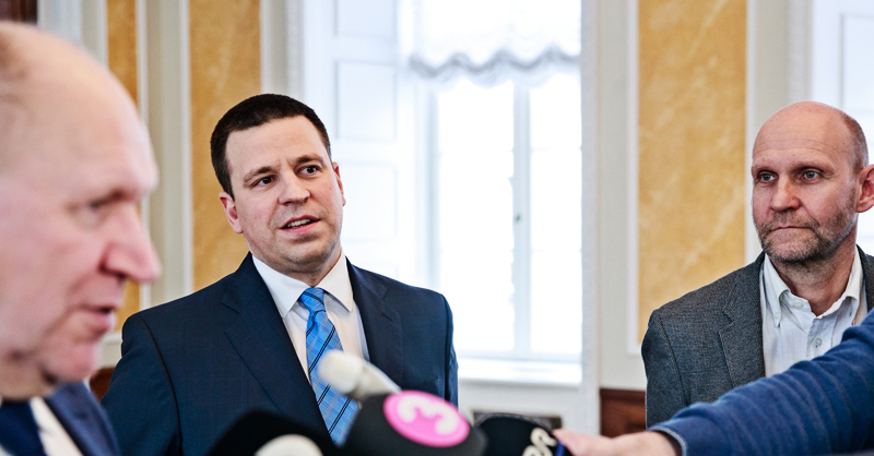 Центристы, Isamaa и EKRE начнут искать деньги для своих обещаний
