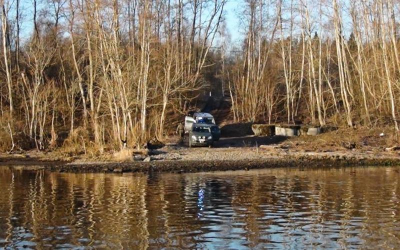 Пограничники задержали на реке Нарва подозреваемого в контрабанде гражданина Эстонии