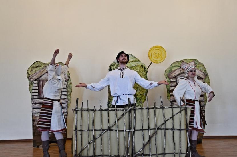 + Галерея. «Ильмарине» продолжит работу в Нарве: в планах - новые спектакли для детей и взрослых