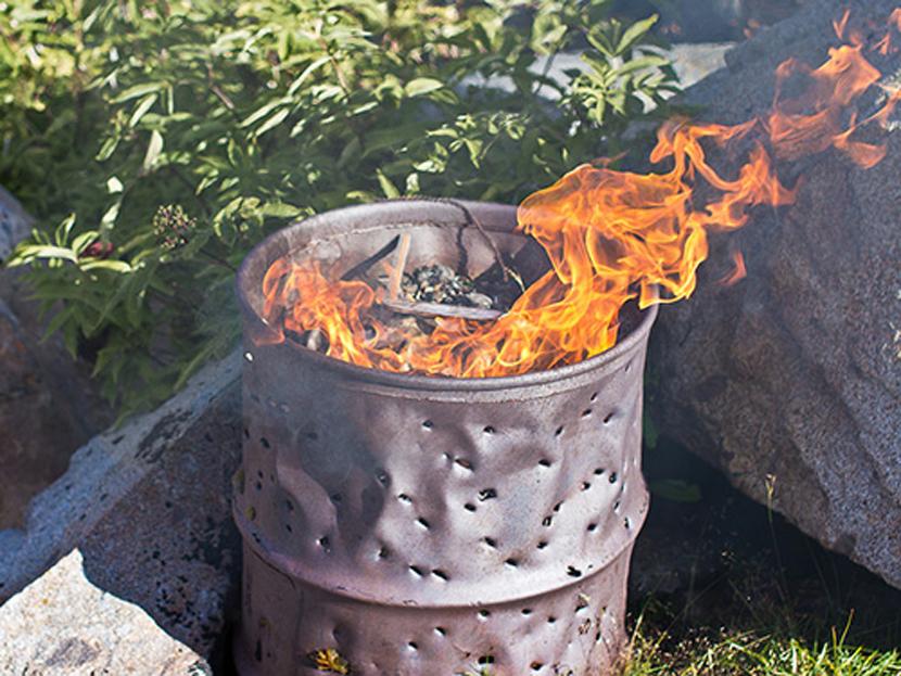 Сжигание мусора в бочках: нормы закона и правила вежливости