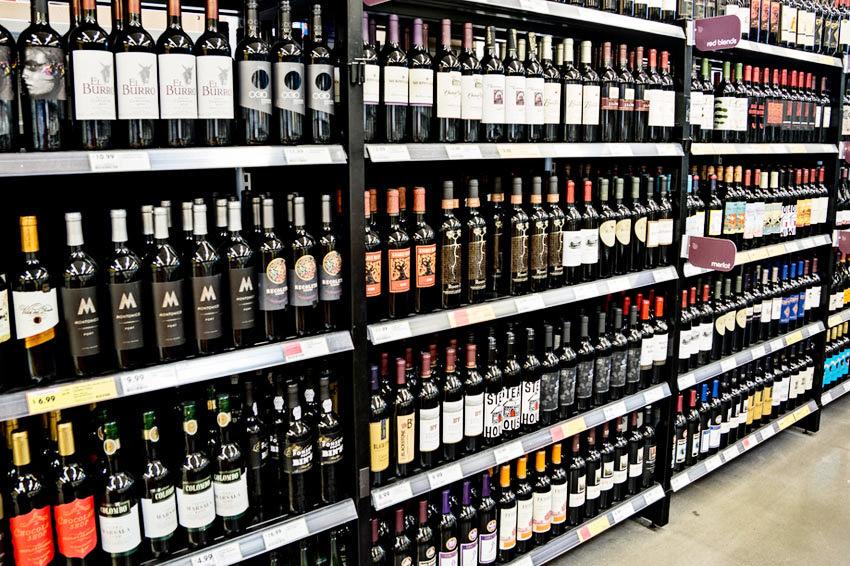 С 1 июня вступят в силу ограничения на демонстрацию алкоголя